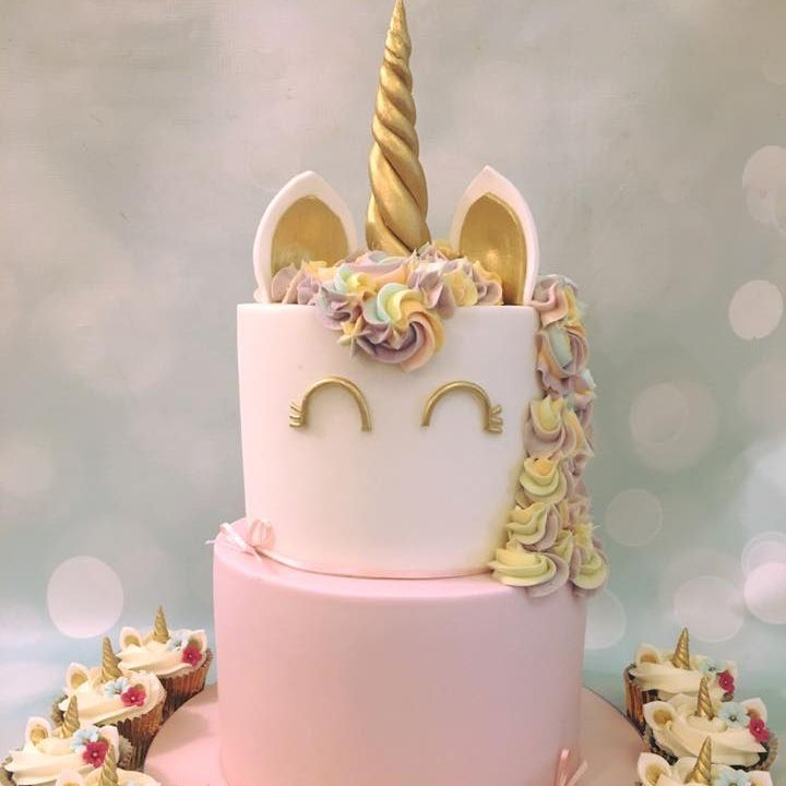 Unicorn 2 tier Cake Birthday Pastel Rainbow Gold Novelty