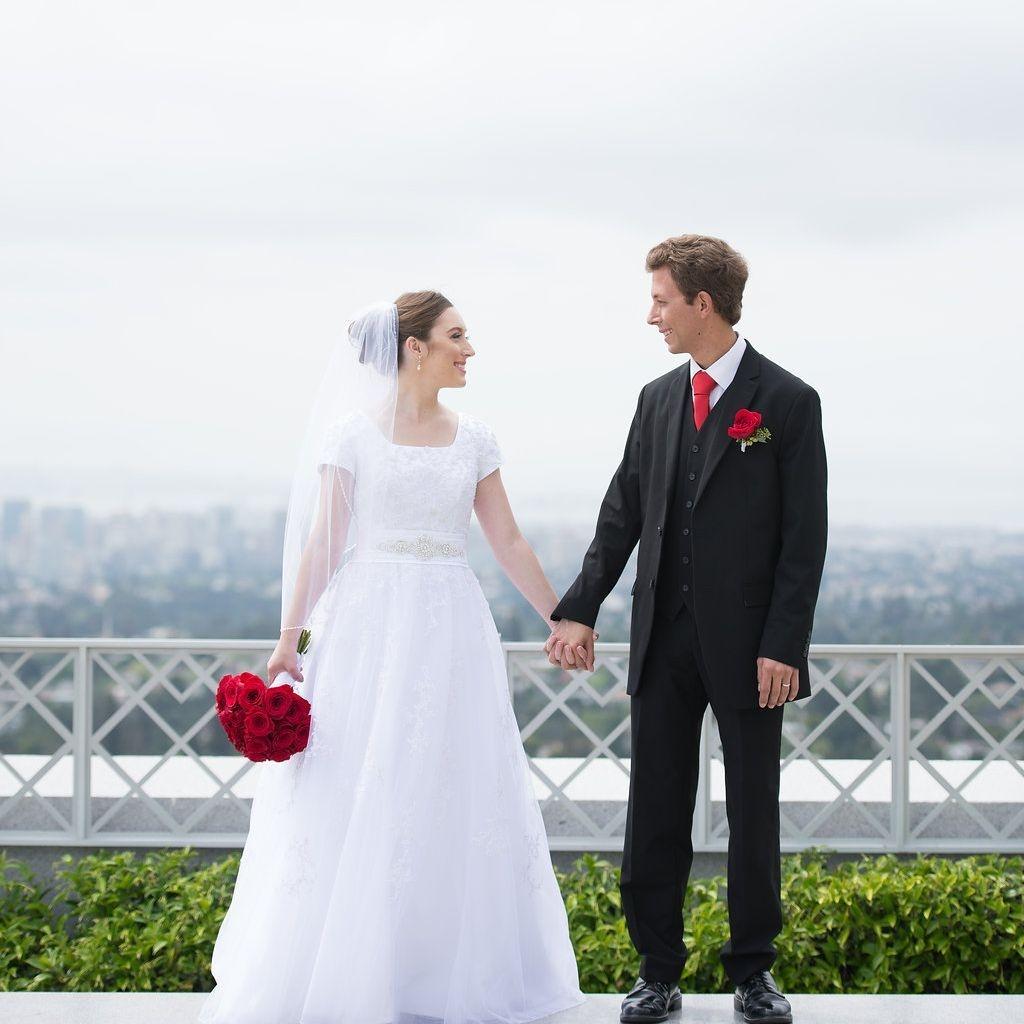 OAKLAND WEDDING PLANNER