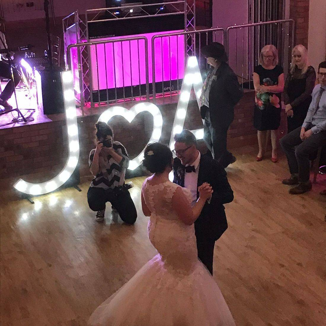 Wedding Dj  Wootton Park   Wedding Disco Warickshire