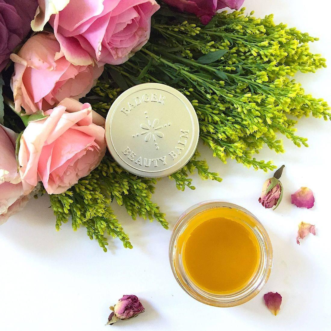 niu body rose beauty, rosepost box, rose gift box, clean beauty box, rose-infused, rose water, rose serum