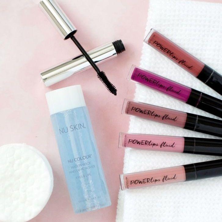 maquillage, cosmétiques, fond de teint, rouge à lèvres, mascara, nuskin