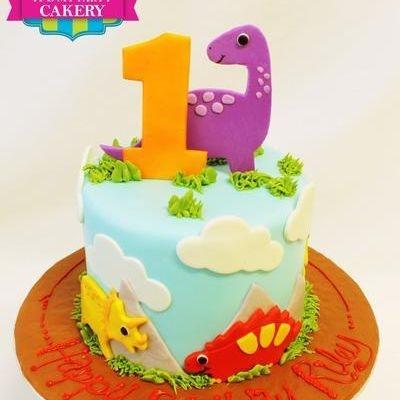 Custom Dinosaurs Cake Milwaukee