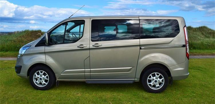 executive minibus service in scotland for airport transfers, event transport & tours