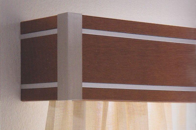 Galería de madera y acero