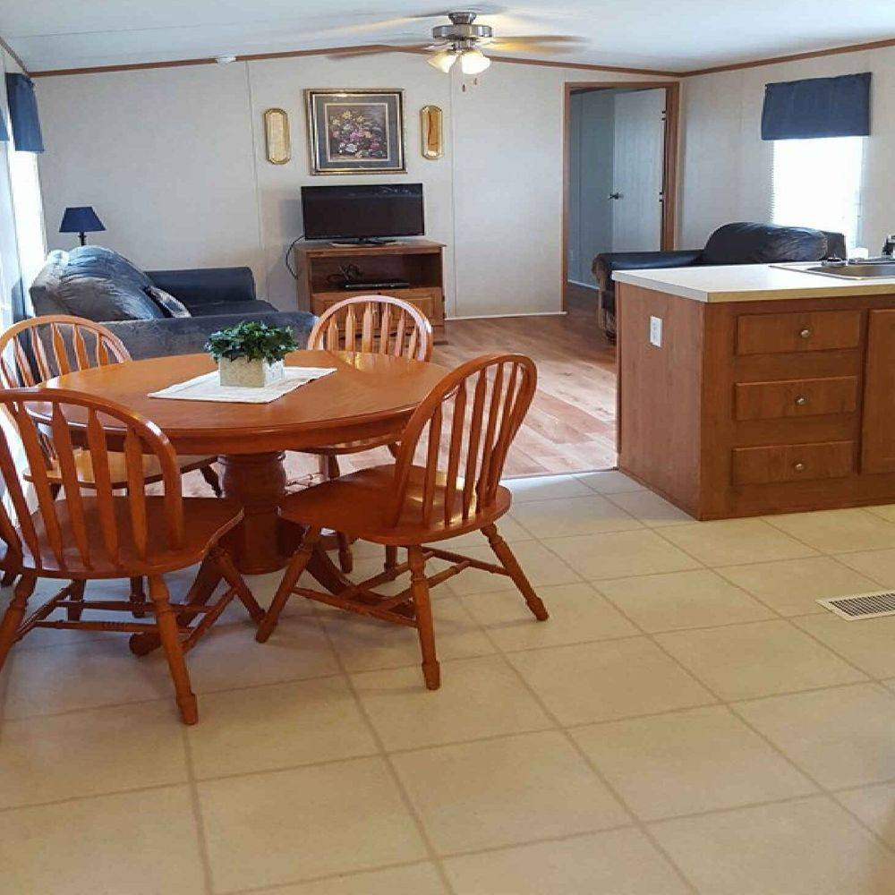 Natchitoches, lodging, motel, cabin, RV Park, kitchen, rental