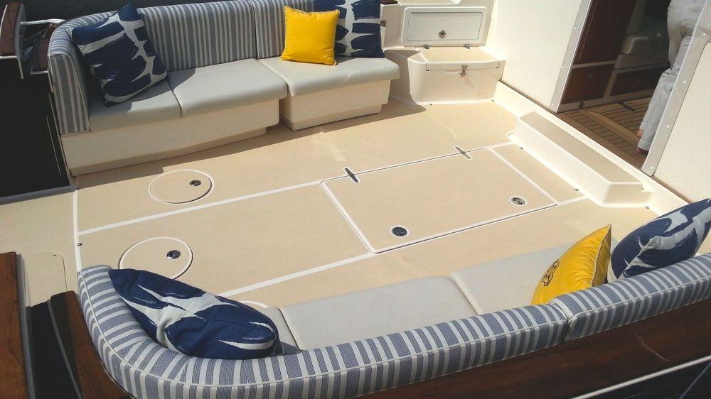 Newport Yacht Interiors, True North yachts, custom yacht cushions