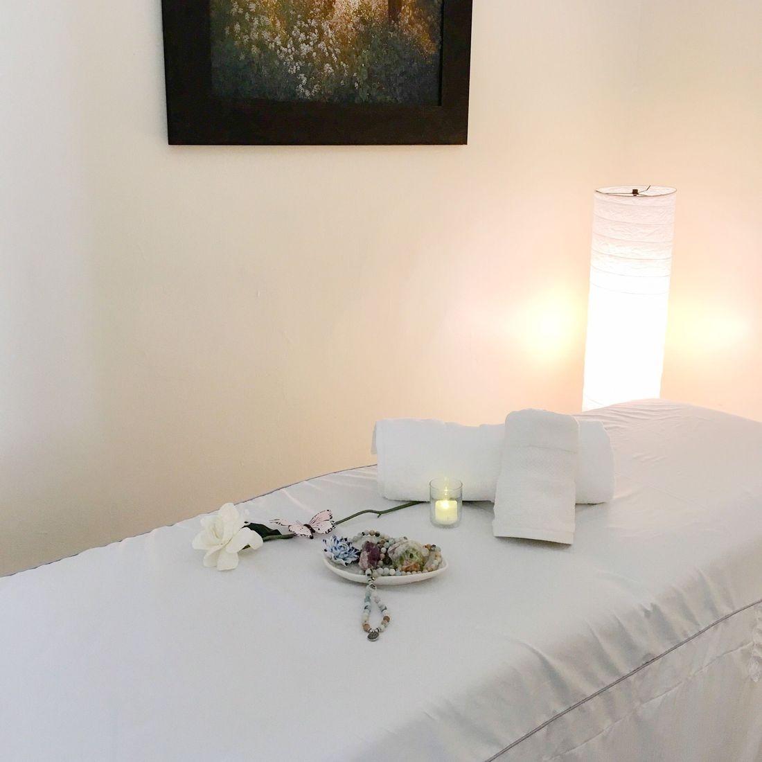 Energy Healing, reiki, earth's healings, metaphysical, new age, natural healing, holistic, river edge nj