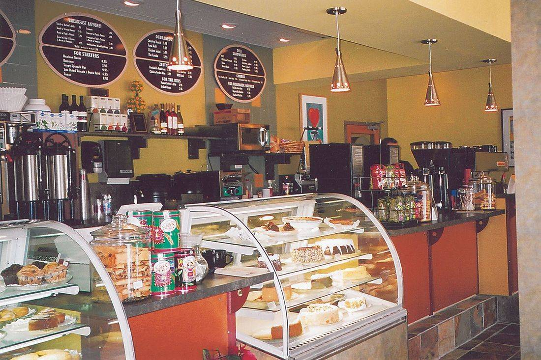 Chat Room Cafe in Hollywood bakery case display & service area