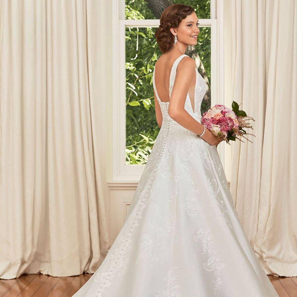 Sophia Tolli, Y21970A, aline wedding dress, a-line wedding dress, wedding dresses with pockets, stunning wedding dress