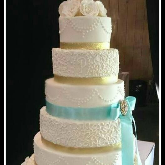 Buttercream Wedding Cake Tiffany Blue Lace southern Gold n Chic