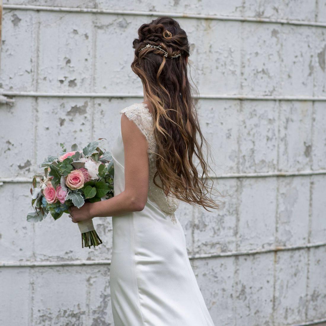 Rustic Bride Barn Wedding