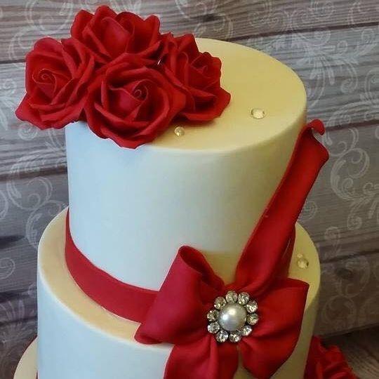 Red White Wedding Cake Diamante Brooch Buckle Bow Sugar Diamonds