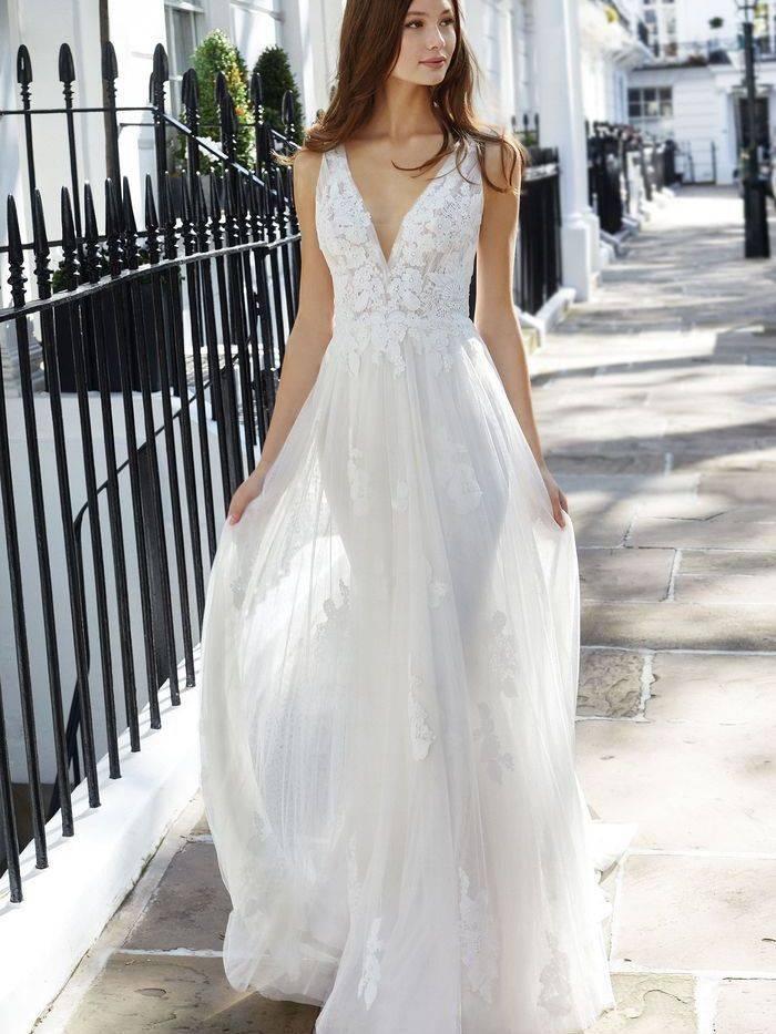 eddy k wedding dress, lace low back
