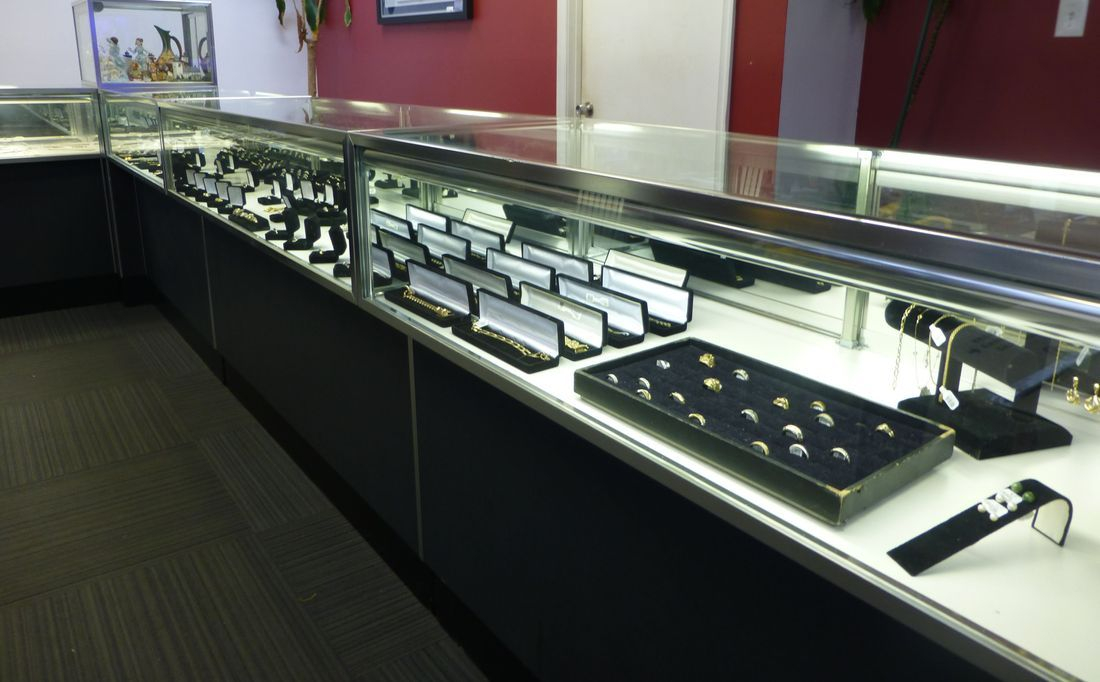 Gold Silver And Diamond Jewelry In Display Cases At Kempsville Pawn in Virginia Beach