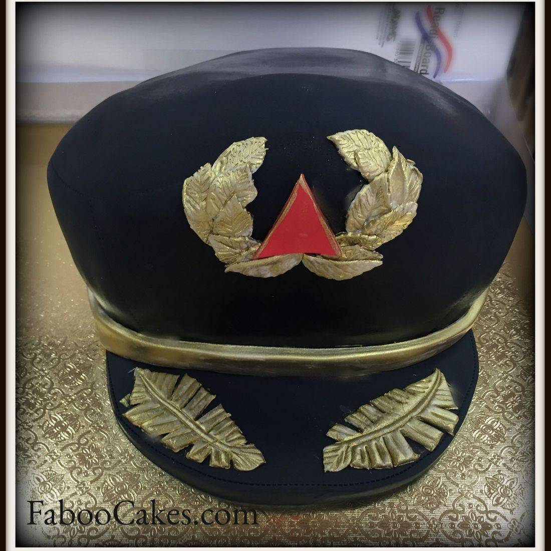 pilot birthday cake airline pilot cake airplane birthday cake hat
