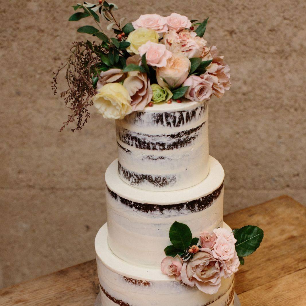 Cake by I heart Cakes