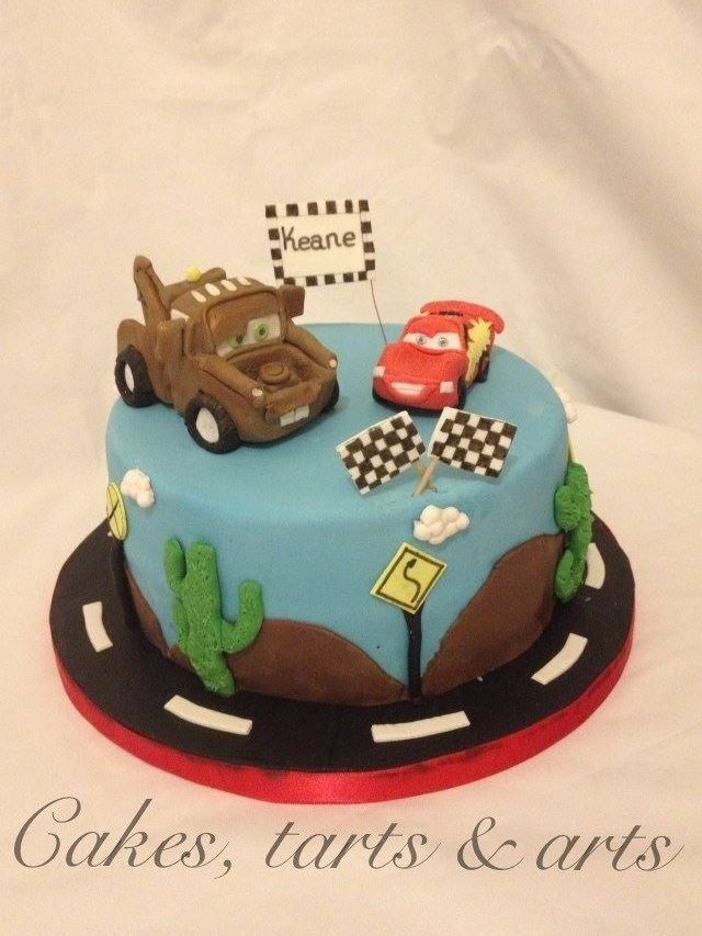 Boys cakes, from super hero's to football, Computer games, favourite sport, hobbies, consoles, PS, Xbox, the list is endless and anything is possibleWe can cover many areas includingNewbury, Reading, Berkshire, Bradfield, Thatcham, Basingstoke, Tadley, Mortimer, Didcot, Oxford and many areas in between. We Can deliver to other areas that may not have been listed please do not hesitate to get in touch if your area is not listed