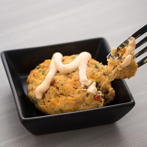 Hors d'oeuvres mozzarella caprese skewers
