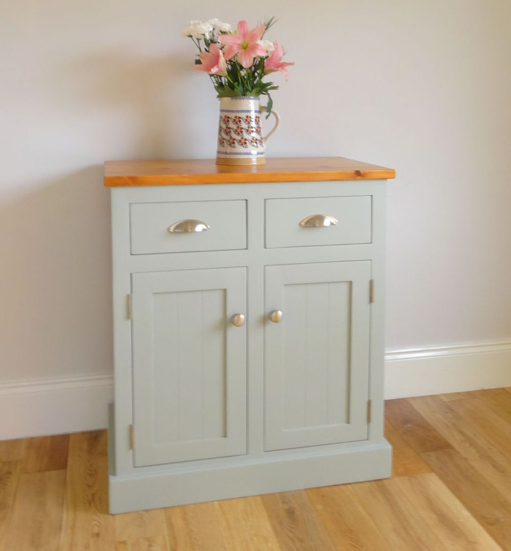 The Curragh 2ft 6 Sideboard