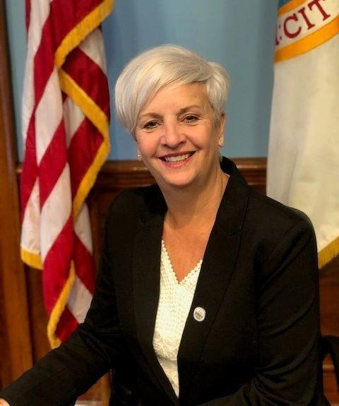 Medford Mayor Stephanie Muccini Burke announces re-election campaign