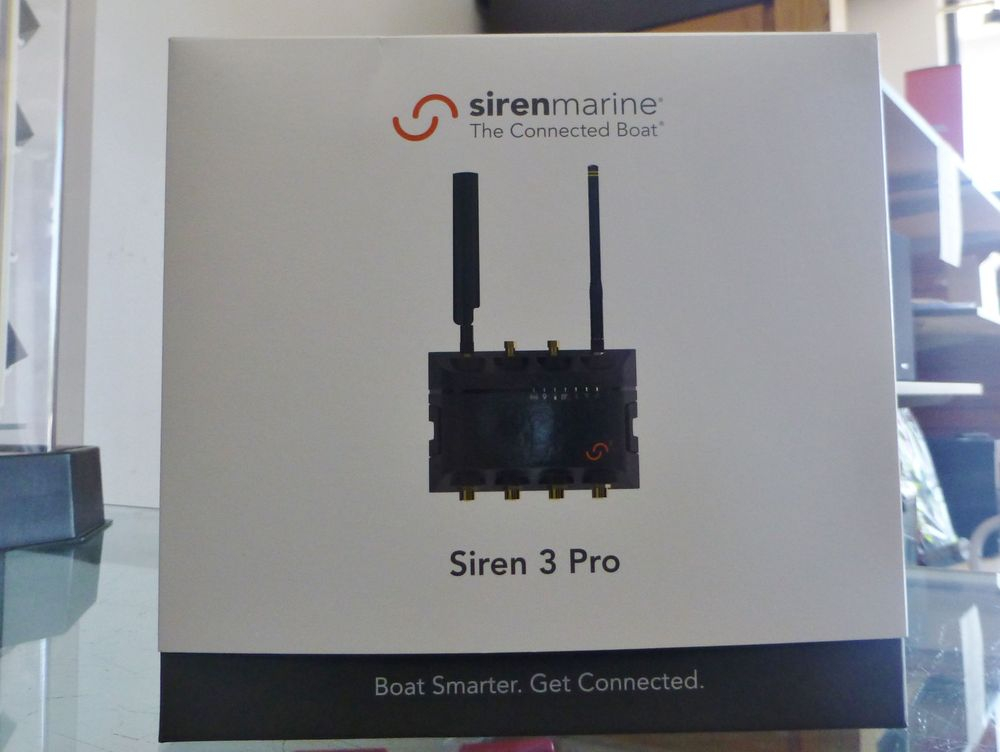 close up picture of a white and black Siren 3 Pro box
