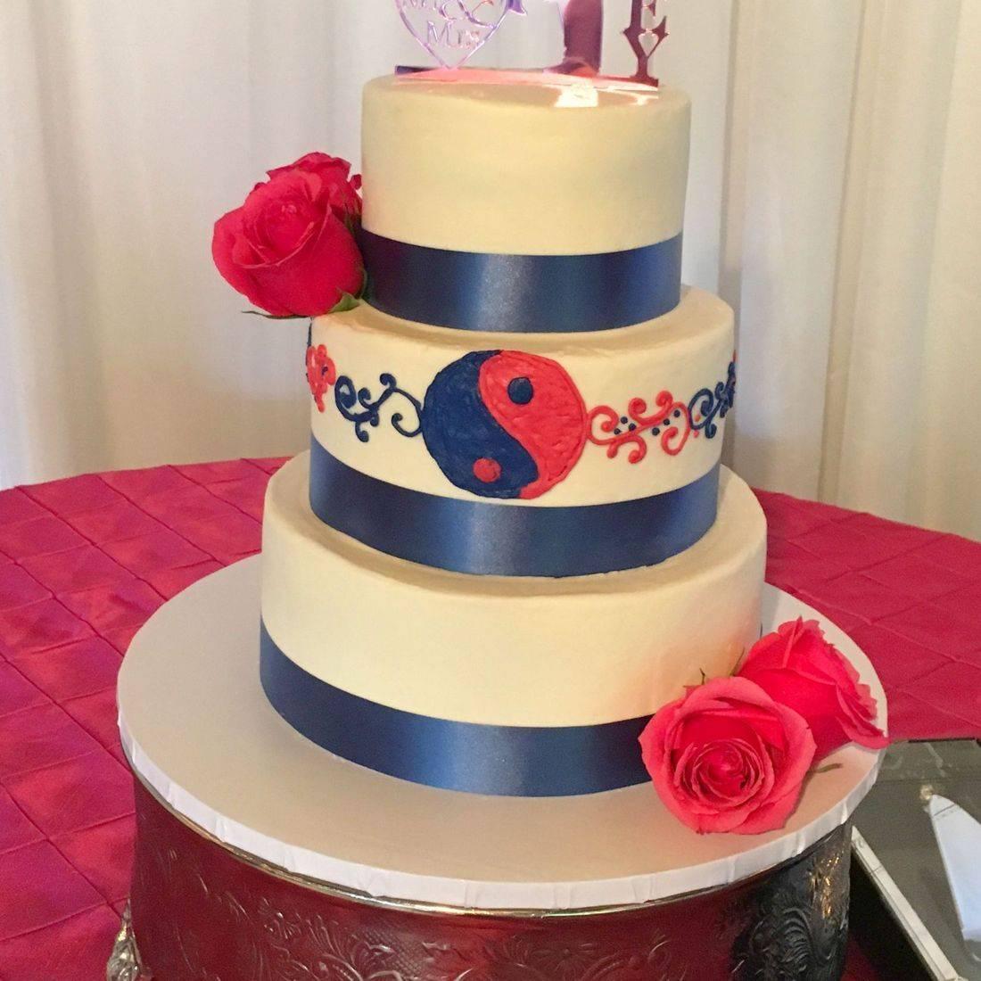 buttercream wedding cake yin & yang cake