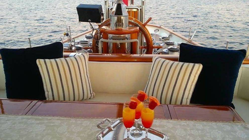 Newport Yacht Interiors, Pete Townshend yacht, yacht interior design