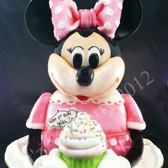MInnie Mouse Cupcake Dimensional Cake Milwaukee