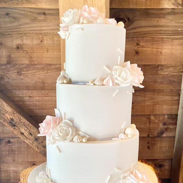 Pretty Pink Wedding Cake Rustic Roses Lustre Balls Sprinkles