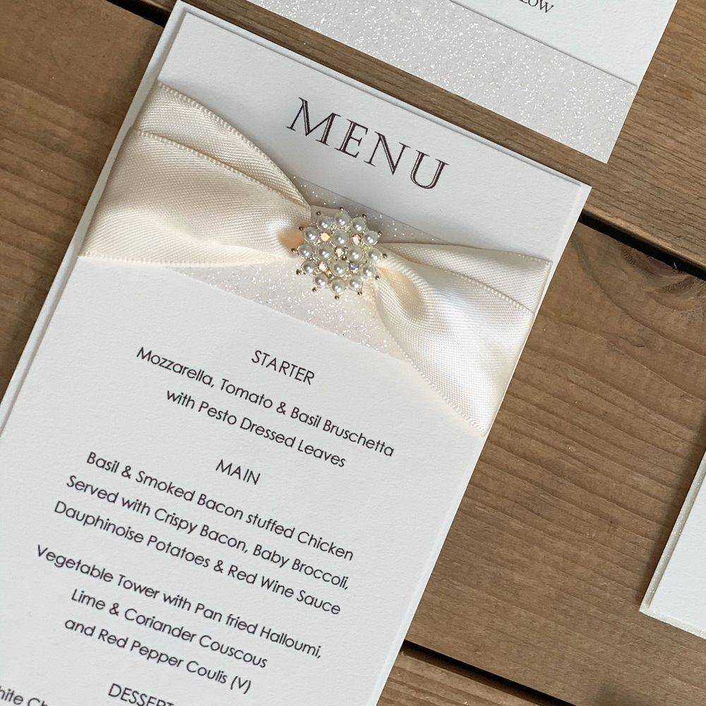 Wedding Luxury Menu Card - Ivory with Ivory glitter and pearl