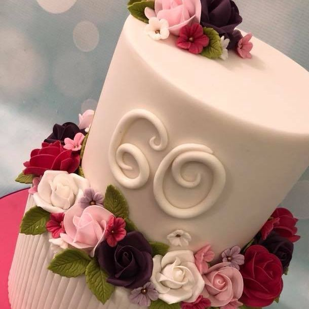 Pretty Cake Roses Ribbed