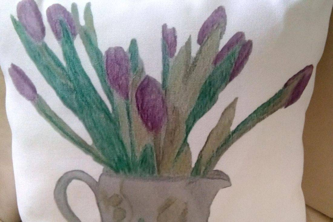 Cushion with printed Jug with Tulips