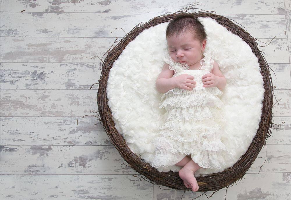 Baby daughter photos, baby girl, baby photos, grimsby baby photographer, daughters photos, cheap photographer