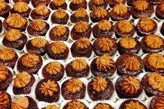 These are Arista Brownie Bites w/Mocha Cream