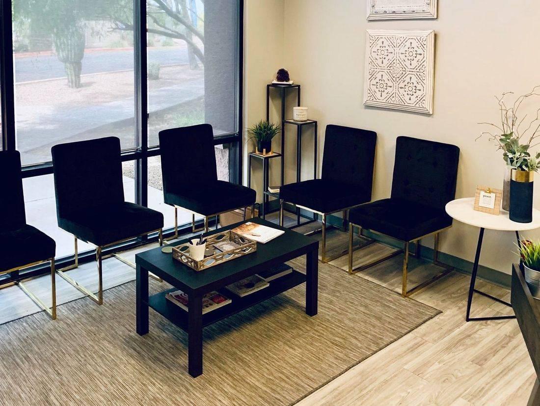 LK Institute EMDR Therapy Phoenix therapist near me trauma christian counselig