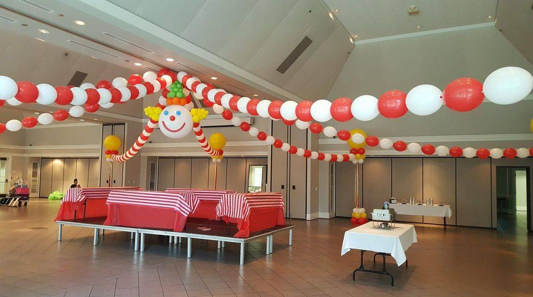 Ballon Decorations, Circus, Balloons, Balloon Column, Balloon Arch, Infante Creations, Big Top Circus, VBS, Clown, Tent, Room Decorations, Balloons in Houston, TX