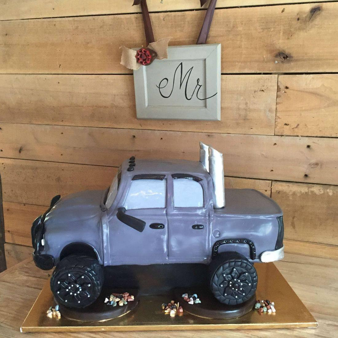 3d carved cake truck cake realistic