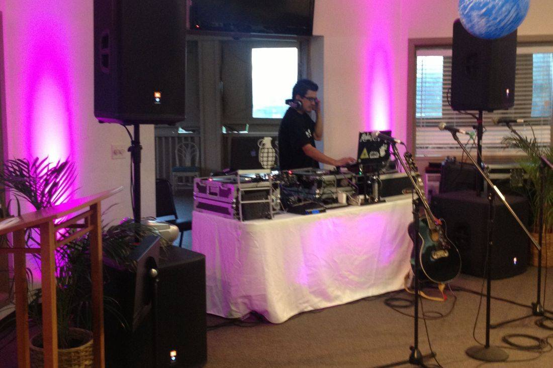 Hawaii DJ, sound system, DJ performance