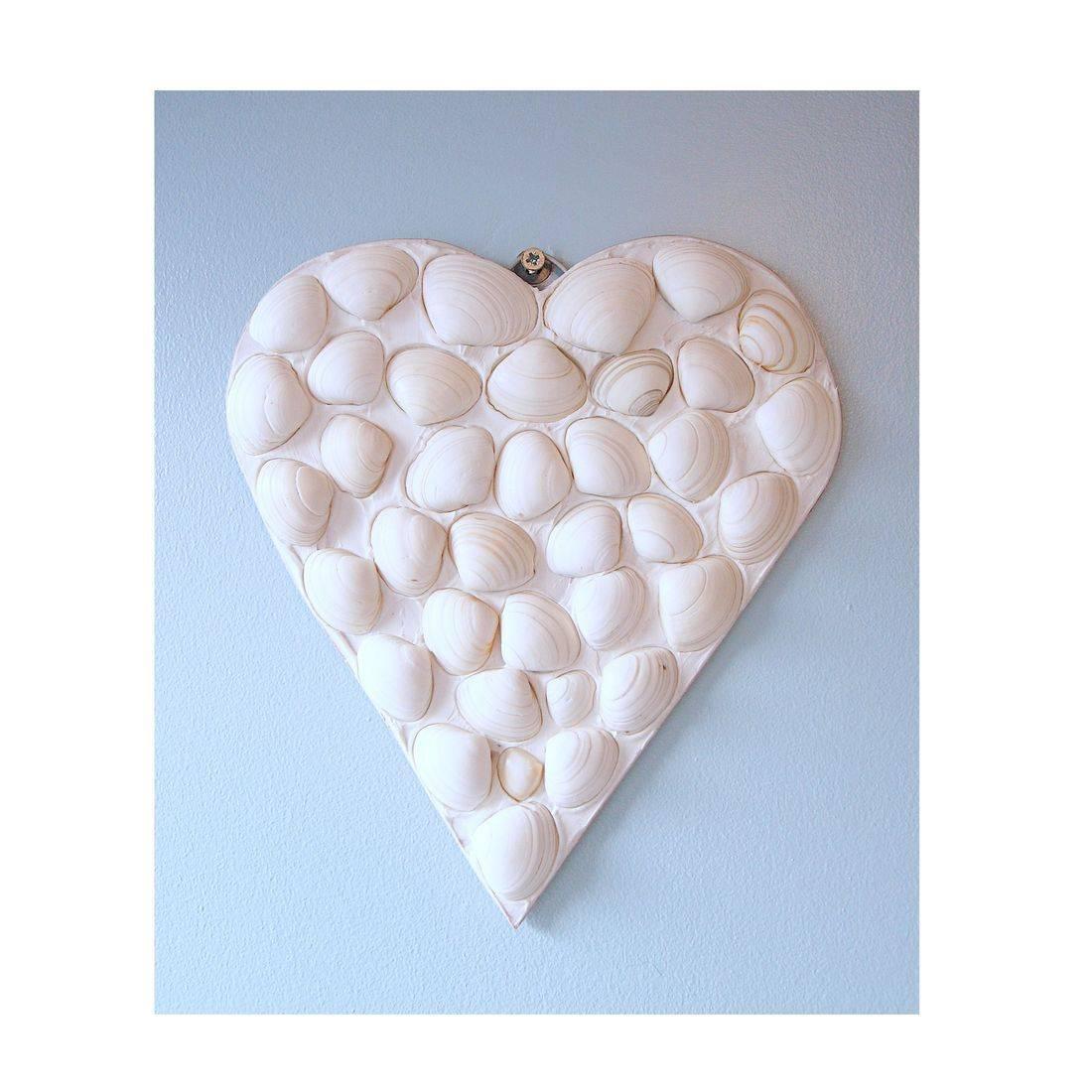 7 Mosaic Shell white heart