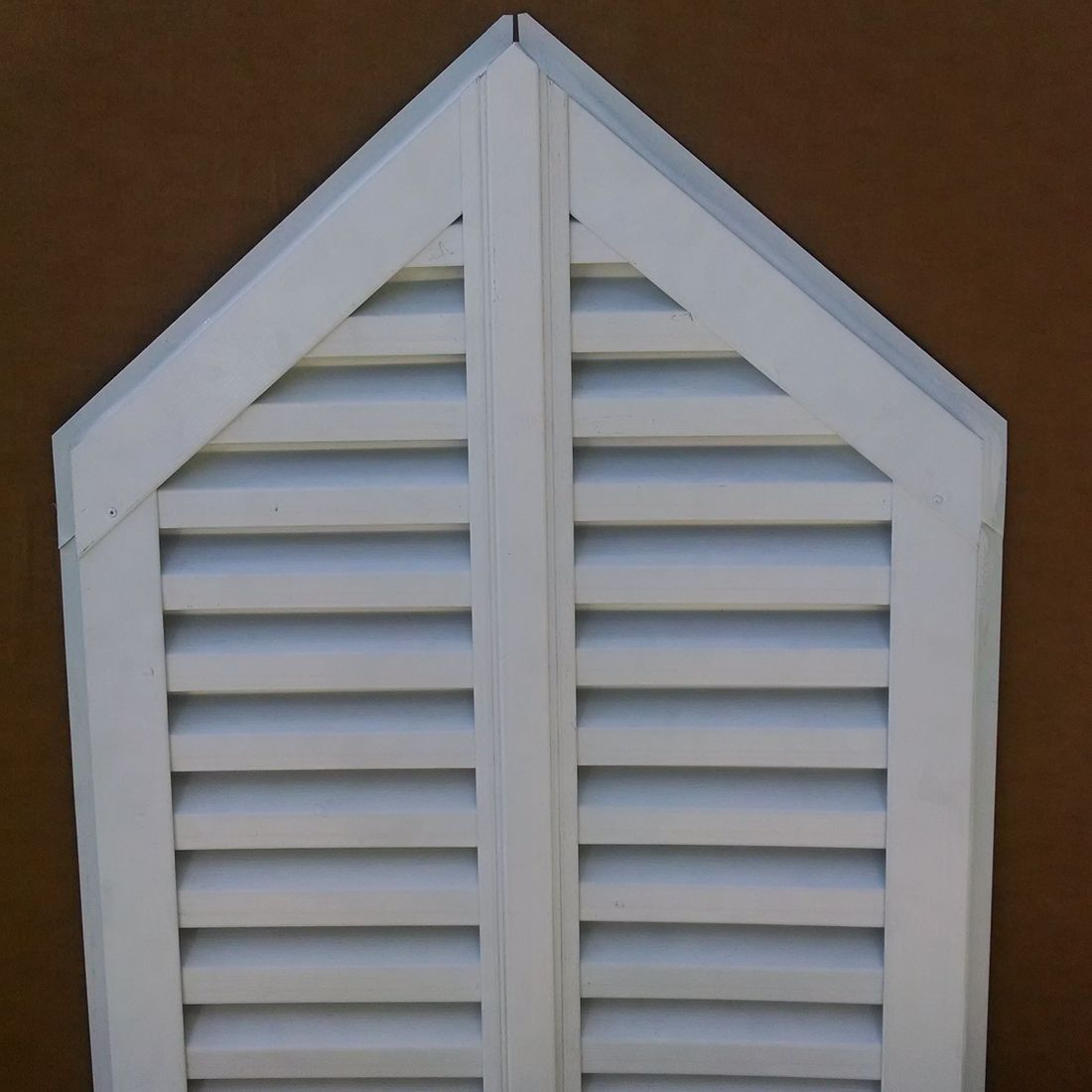 Two Piece Doghouse gable vent