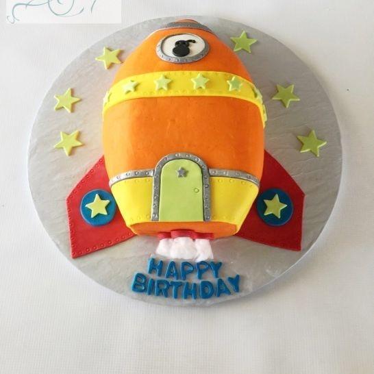 Space Ship  Birthday Cake