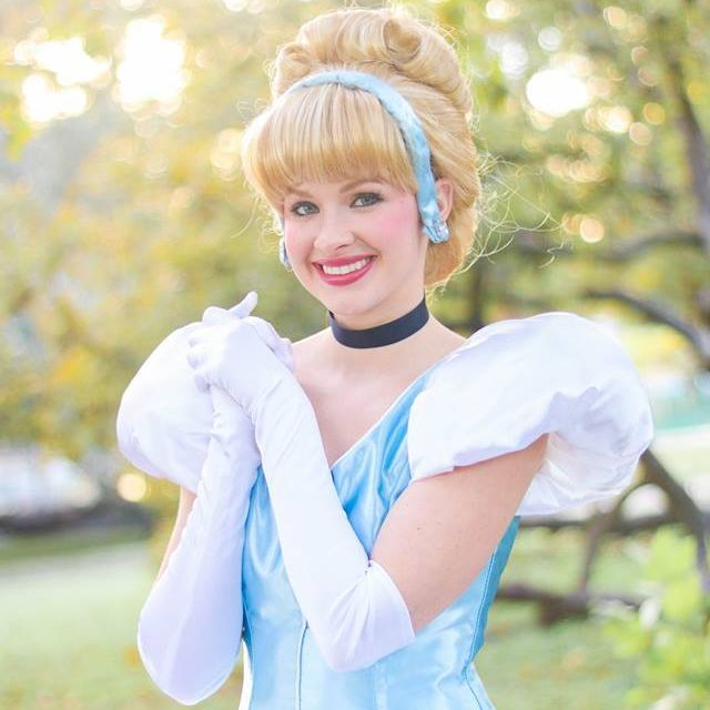 Princess Cinderella for children's birthday parties in San Antonio