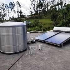 calentador solar y cisterna instalada