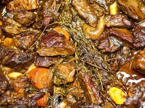 beef bourguignon cooking, beouf bourguignon cooking