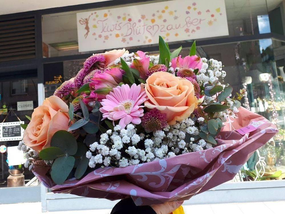 Blumenstrauß von Tiwis Blütenzauber in Düsseldorf