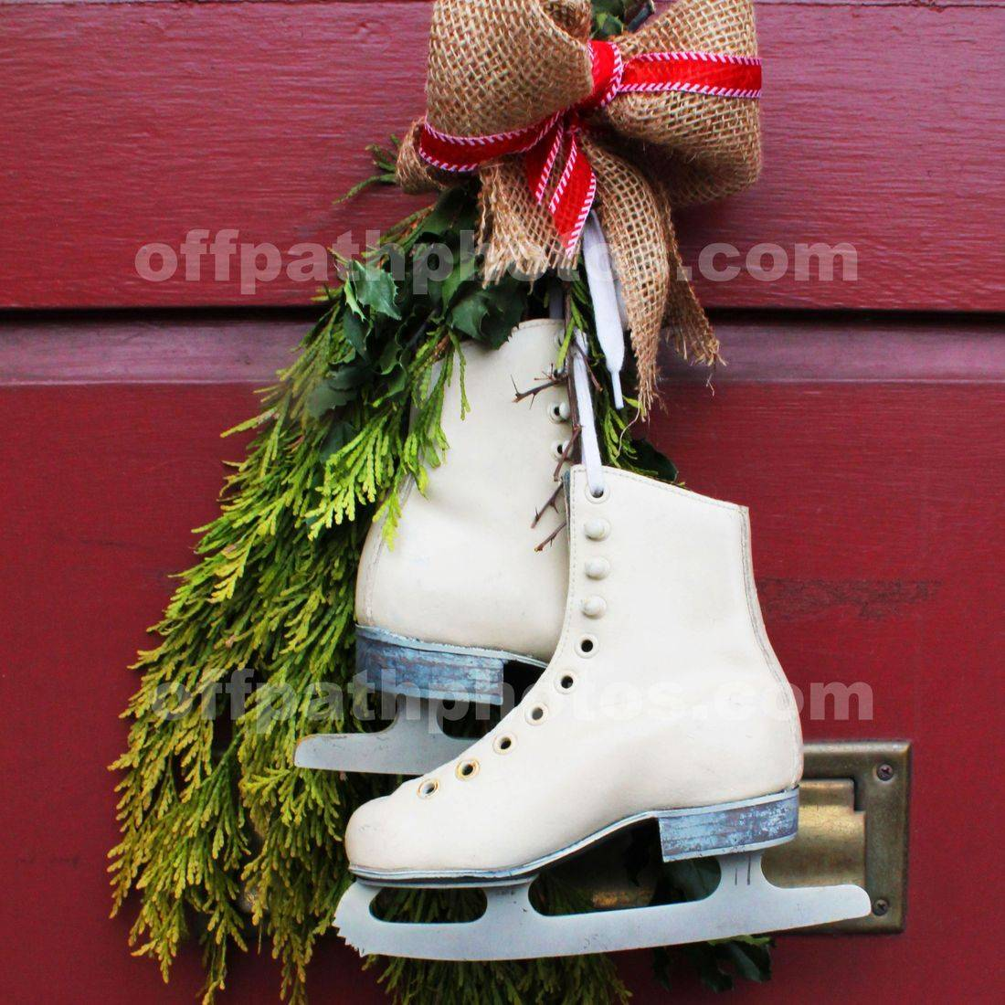 photography, Christmas, ice skates, winter, sports, snow, evergreens , stores, bows