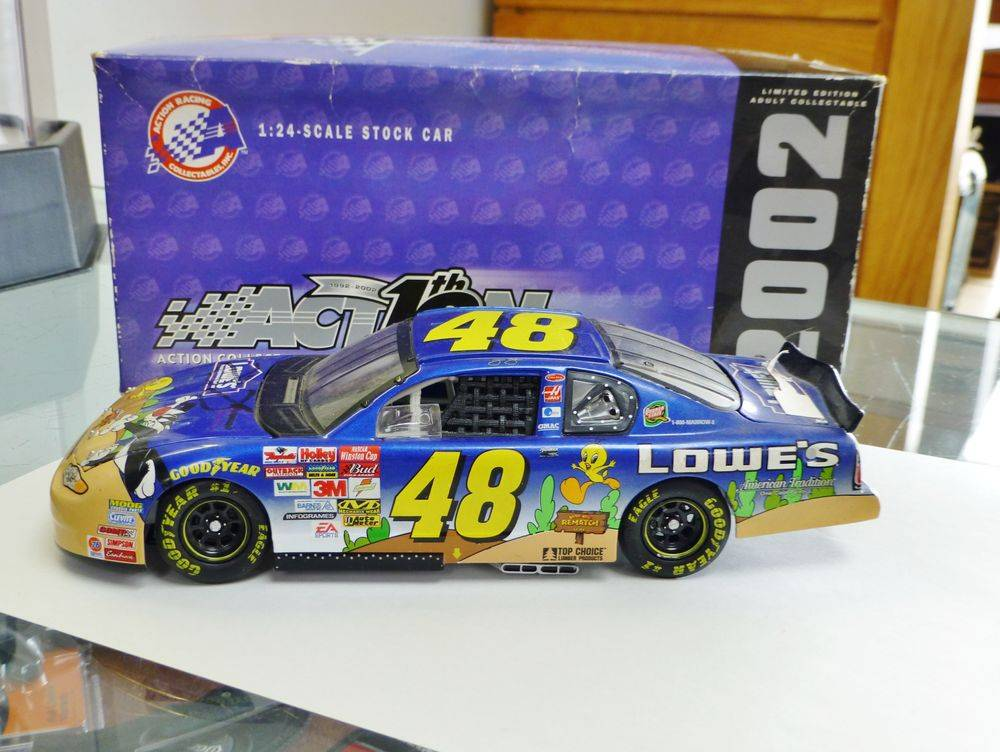 2002 #48 Jimmie Johnson Chevy Monte Carlo Looney Tunes Rematch Diecast Car
