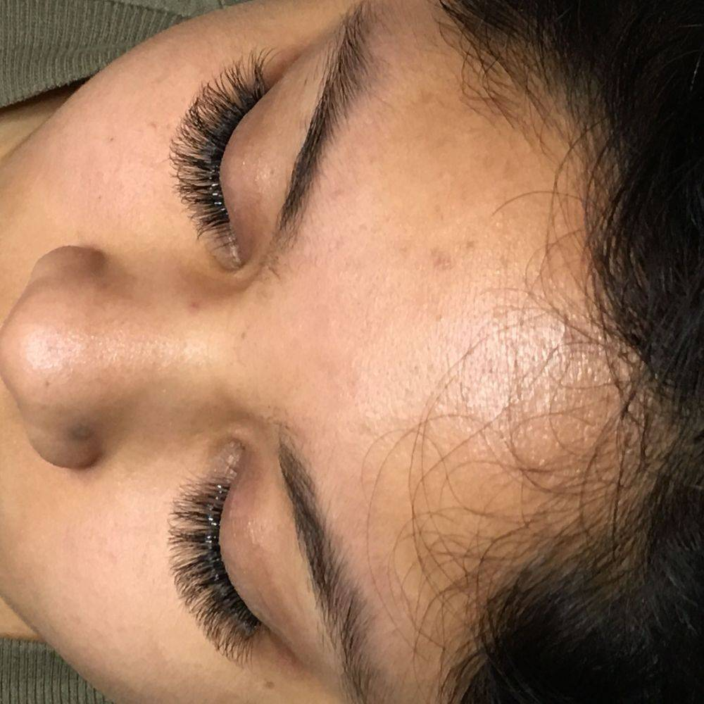 Eyelash Extensions-3D