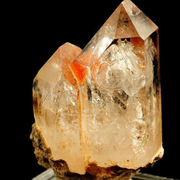 Twin Phantom quartz Point