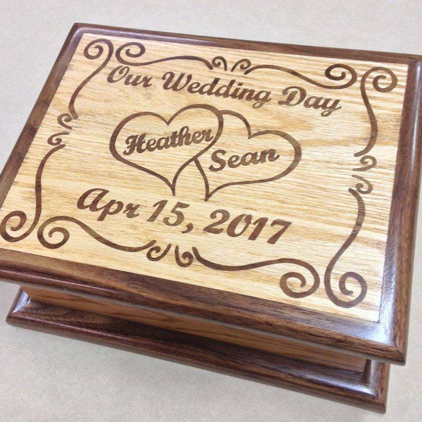 Personalized wedding memory keepsake box